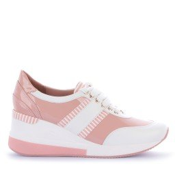 Tênis Yasmine Salto Verniz Rosa e Branco Marca Camminare