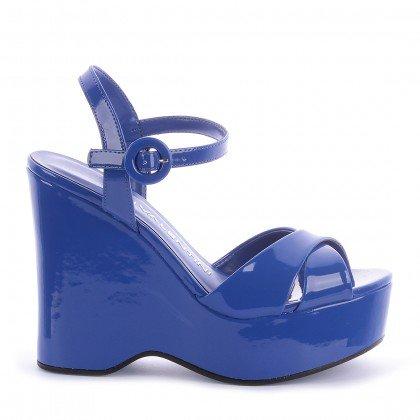 b26687b8e Sandalia Dominique Verniz Azul