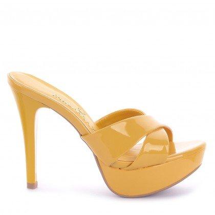 Tamanco Clara 461-04390 Verniz Amarelo Marca Paula Brazil