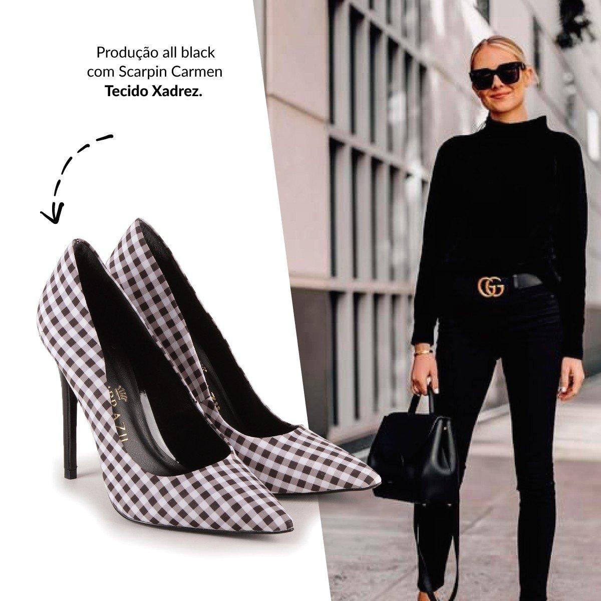 look all black scarpin xadrez