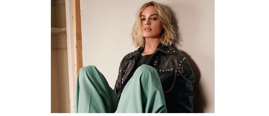 Casual chic com Margot Robbie