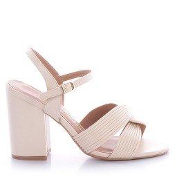 Sandália Branca Salto Grosso Di Valentini